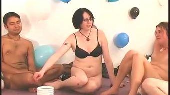Hot small naked girls